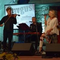 3. Grajski večer 2018 – Poletni večer z Alenko Godec
